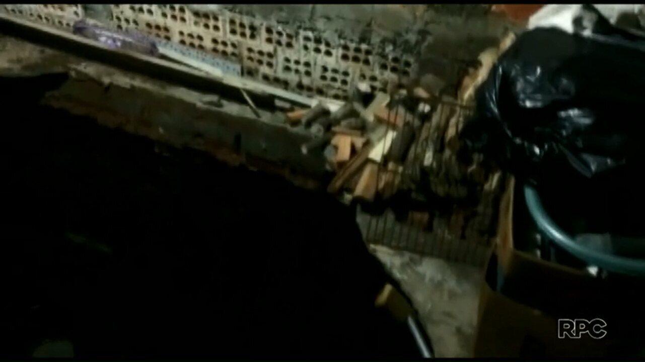 Idosa fica ferida ao cair em cratera dentro de casa em Ponta Grossa