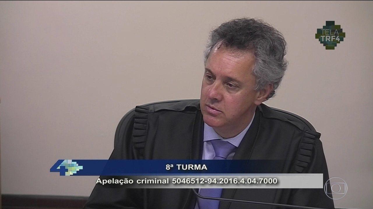 Relator mantém condenação de Lula e aumenta pena para 12 anos de prisão