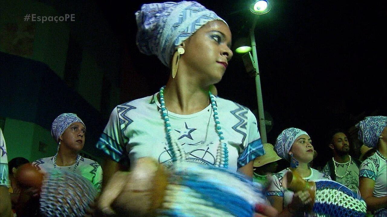 Presença das mulheres nos maracatus nação é um sinal de maior igualdade de gênero nesses grupos