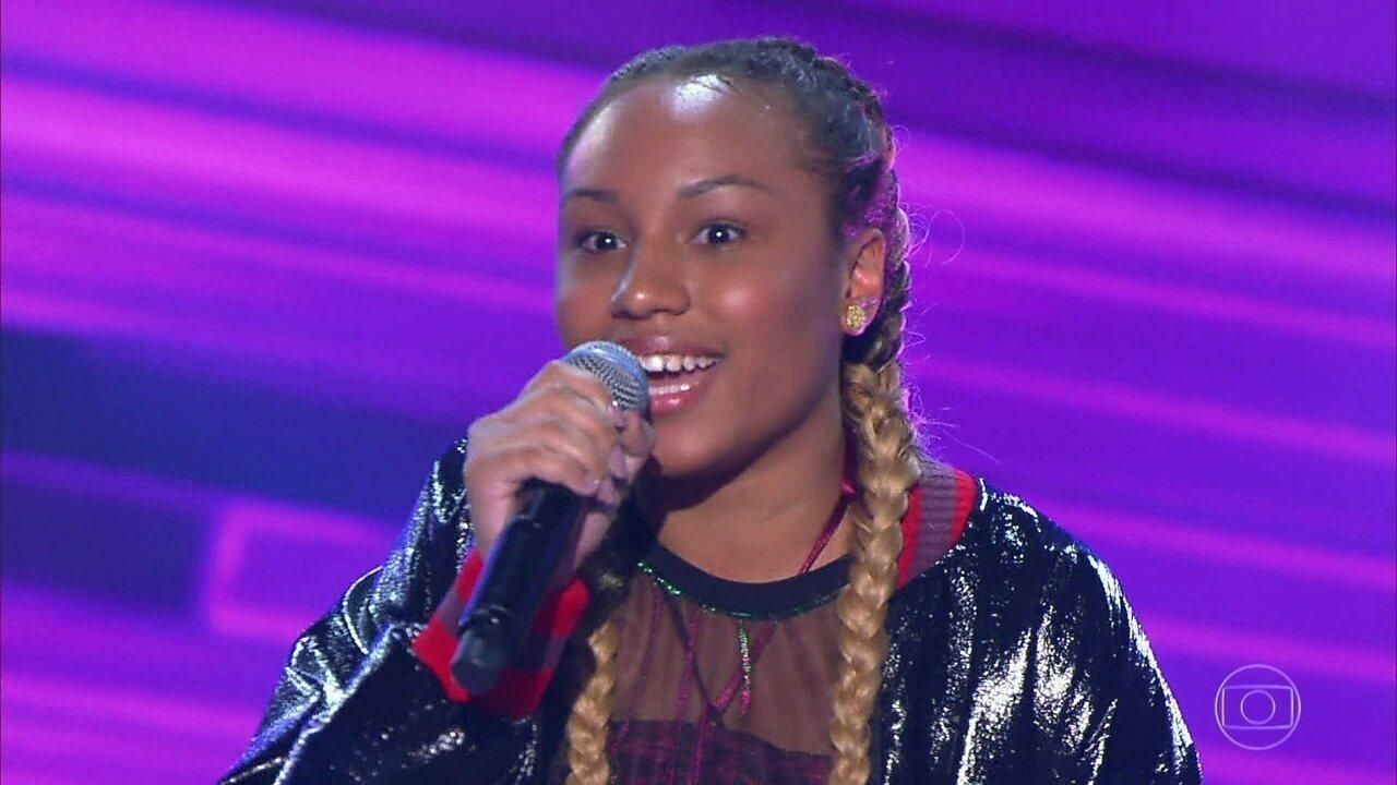 Talita Cipriano canta 'Fim de Tarde' nas audições às cegas