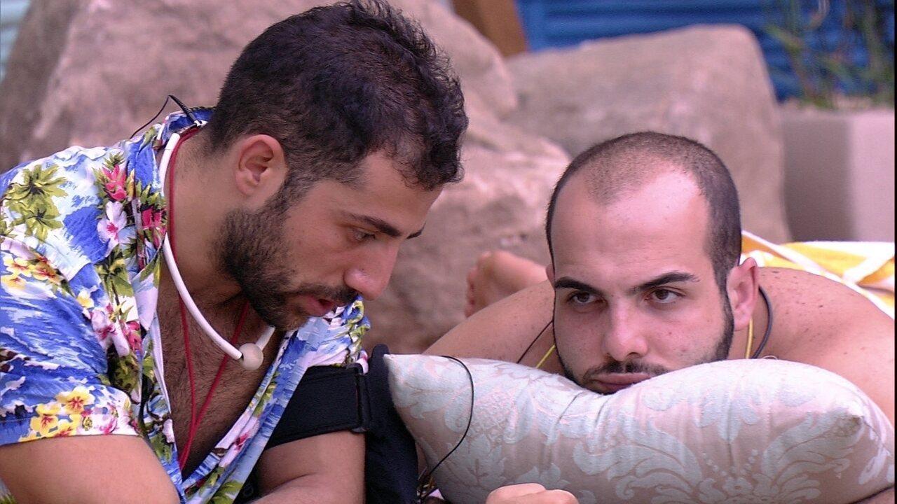 Kaysar para Mahmoud: ' Seja calmo e perdoa'