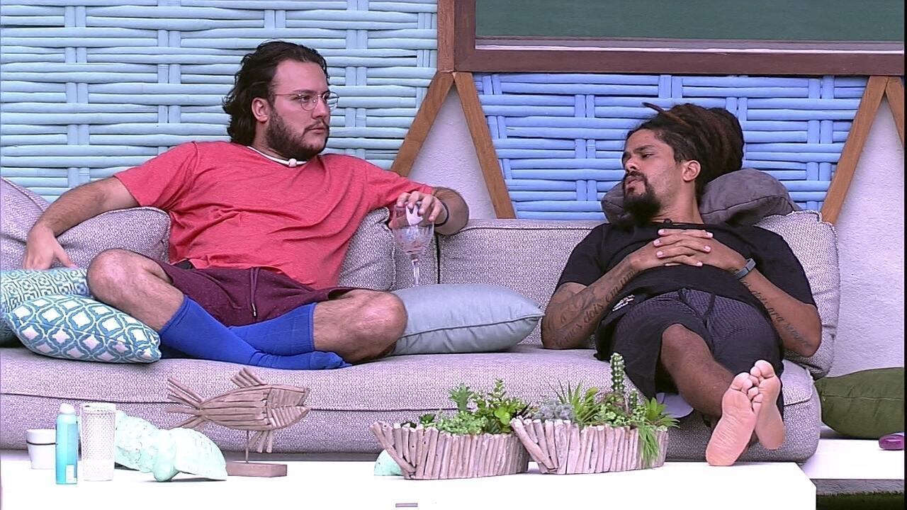 Viegas conta a Diego sobre conversa com Jéssica