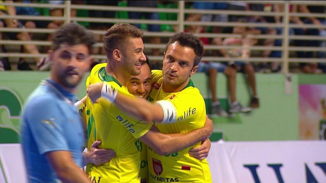 Os gols de Brasil 10 x 1 Uruguai pelo Grand Prix Internacional de Futsal ca4eef585350f