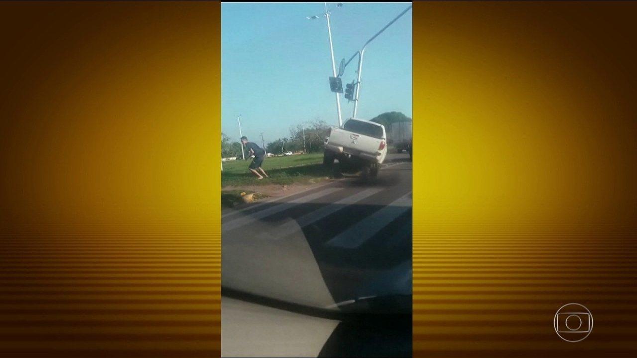 Bandidos atacam carro, matam motorista e filmam tudo no Ceará