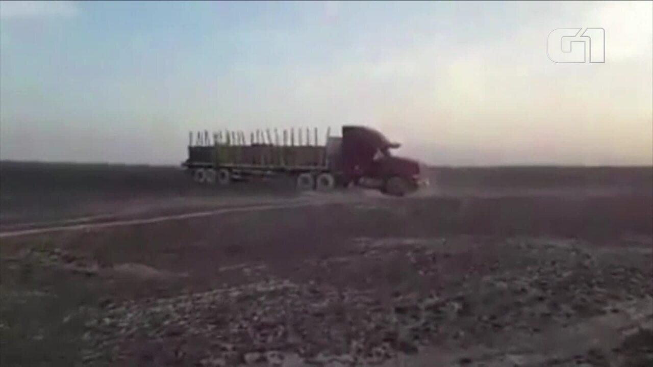 Motorista de caminhão danifica Linhas de Nazca, no Peru
