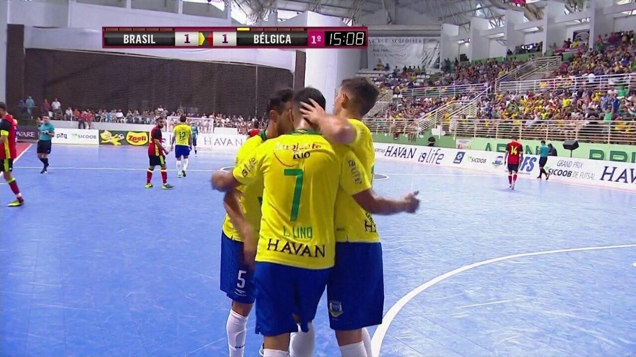 0f01a75883 Os gols de Brasil 8 x 4 Bélgica pelo Grand Prix de futsal