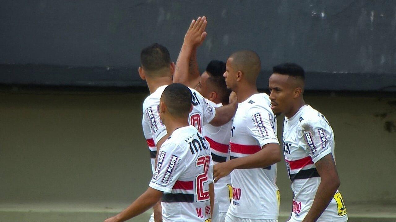 Gol do São Paulo! Cueva cobra o p6enalti e amplia, aos 38' do 2º tempo