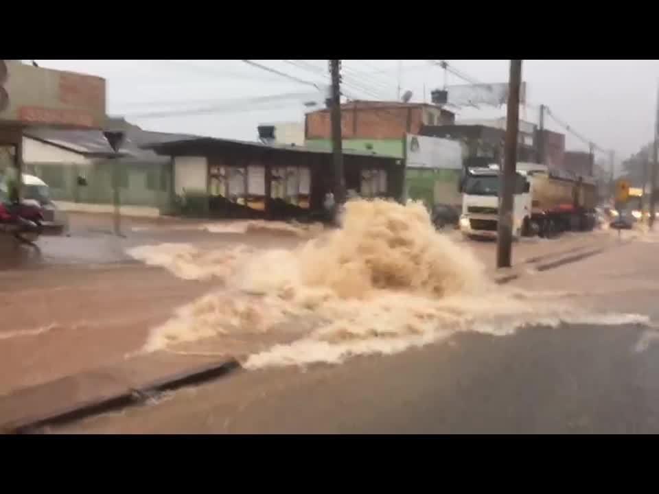 Chuva em São Sebastião, no Distrito Federal