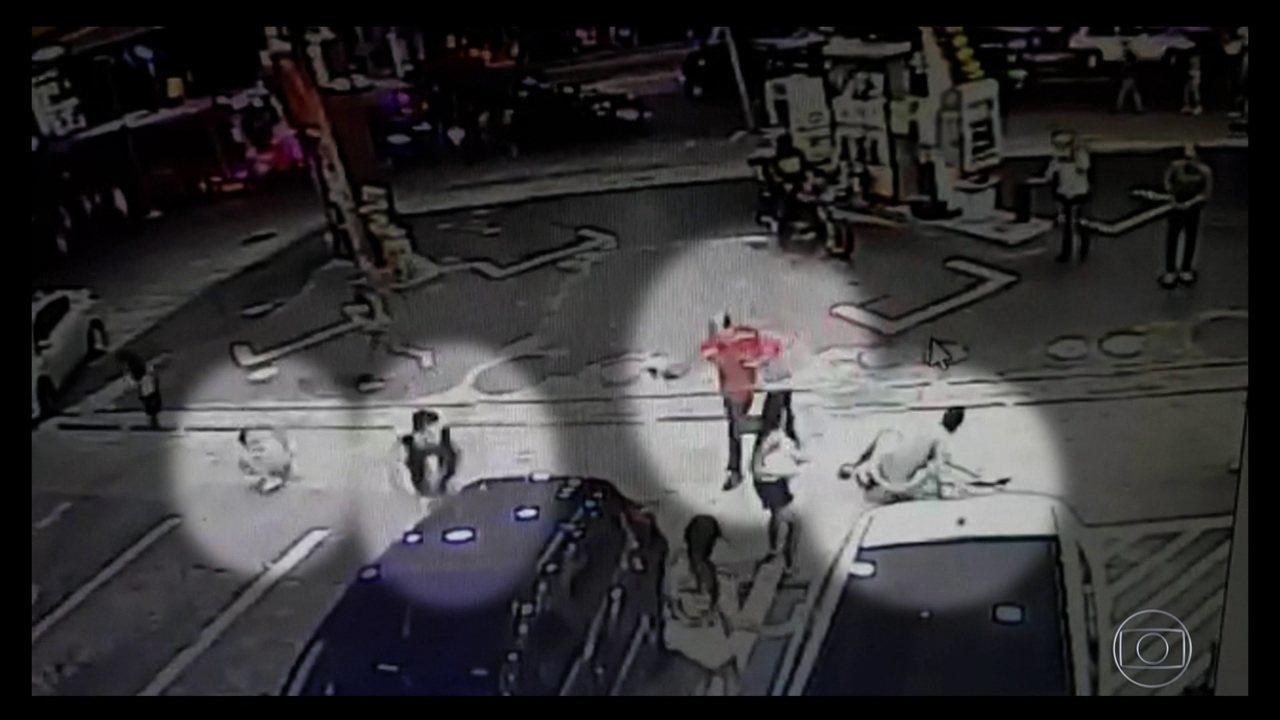 Resultado de imagem para video mostra frentista atirando em foliões em sao paulo