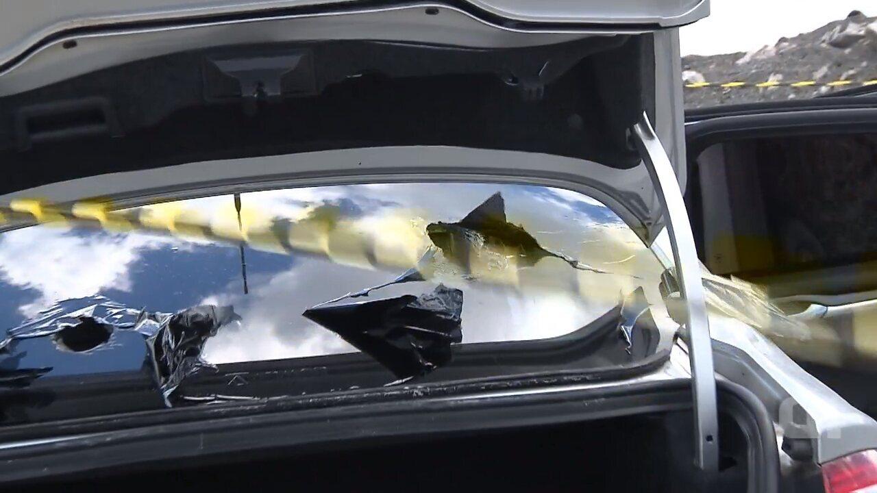 Veículo utilizado por quadrilha em tentativa de assalto a carros-fortes é blindado