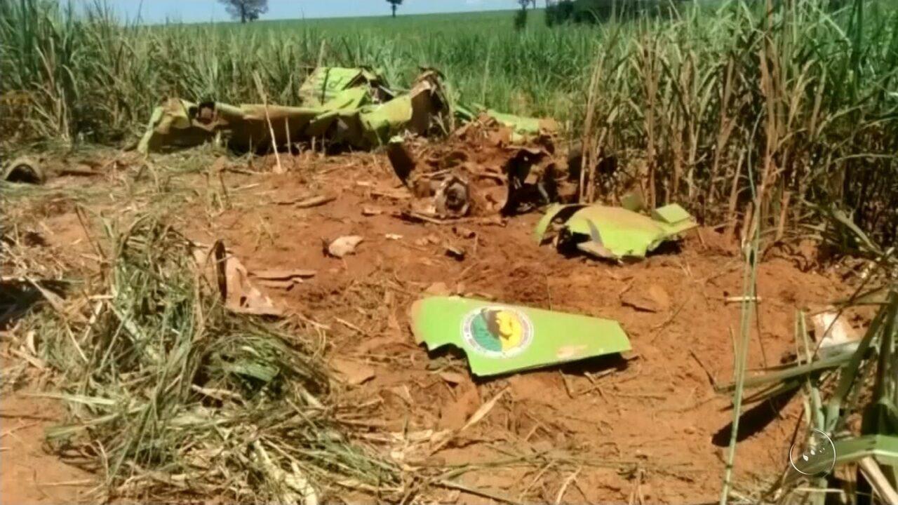 Piloto morto em queda de aeronave agrícola é enterrado em Guararapes