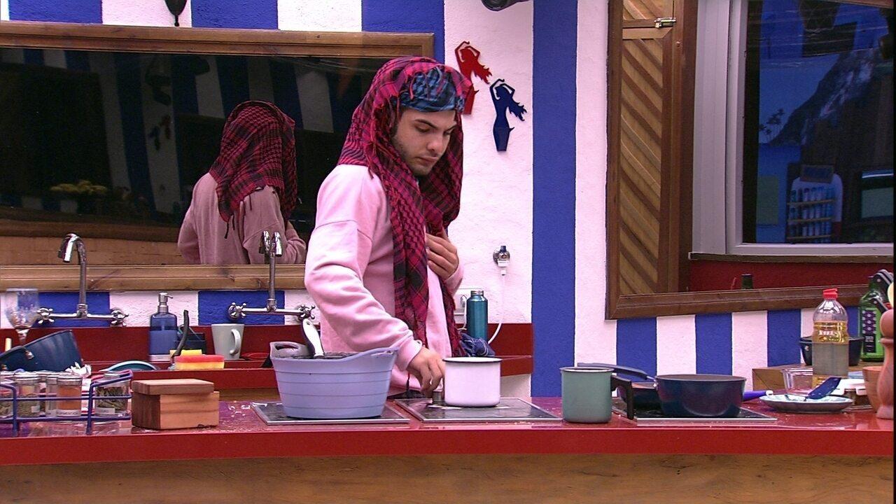 Mahmoud cozinha ovos