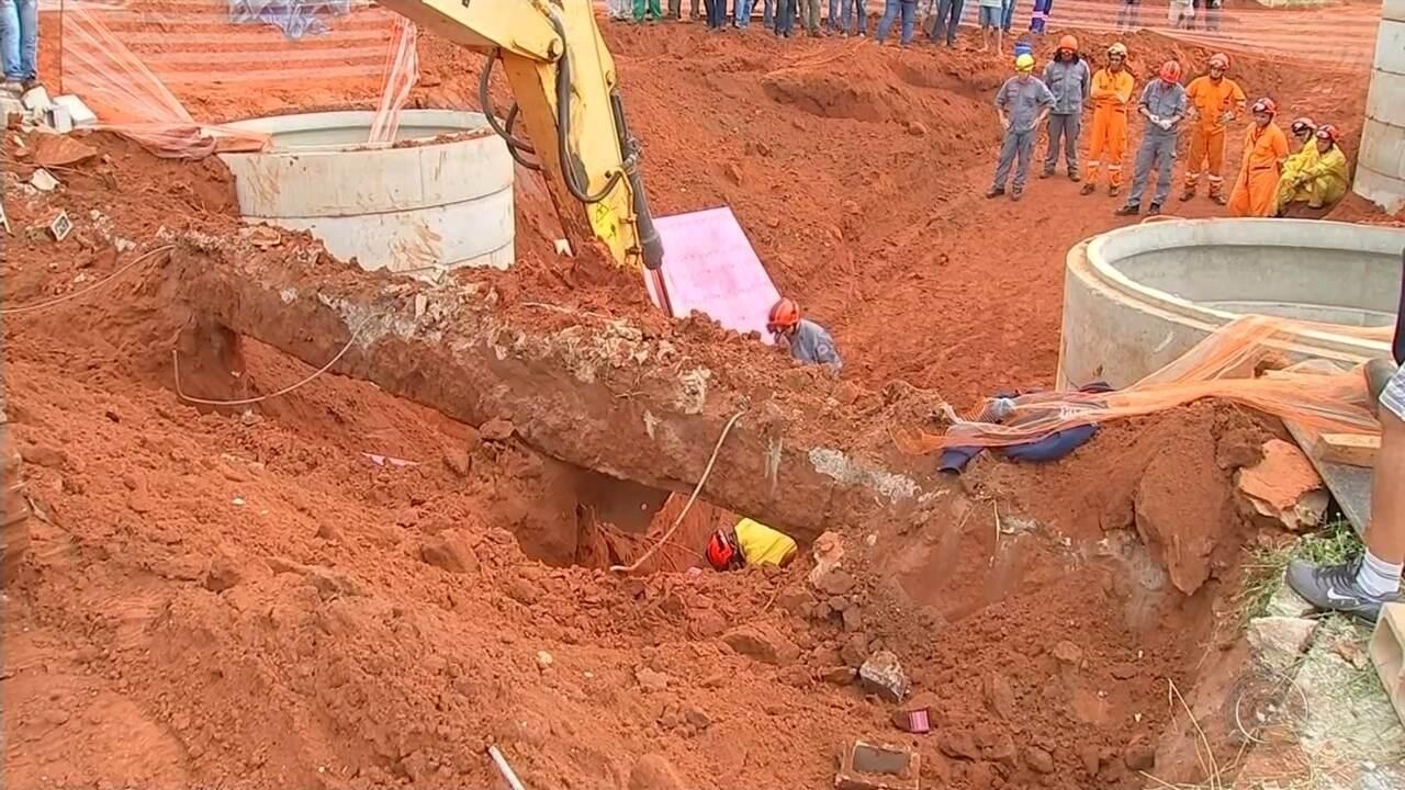 Trabalhadores morrem soterrados em obra de condomínio em Bauru