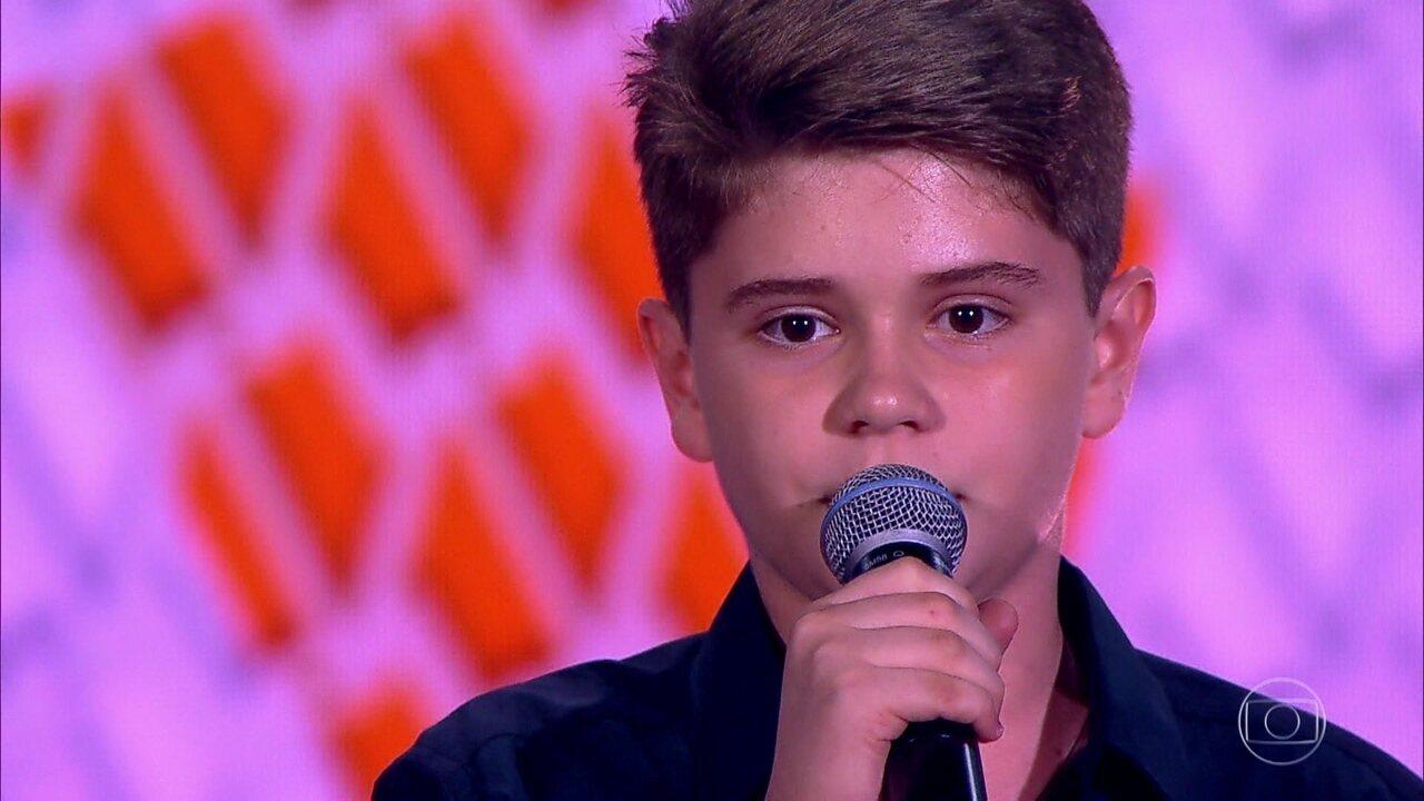 Pedro Borges solta a voz com 'Se Deus Me Ouvisse'
