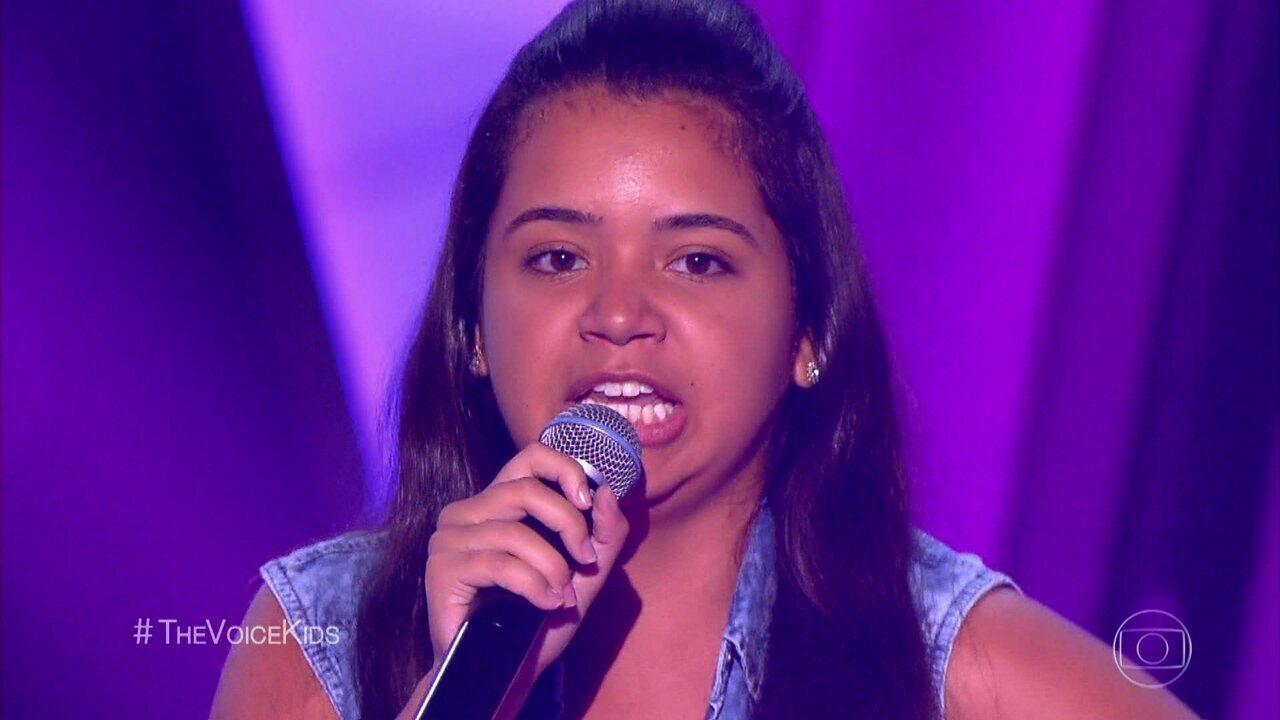 Mariana Ribeiro soltou a voz com 'Maria, Maria'