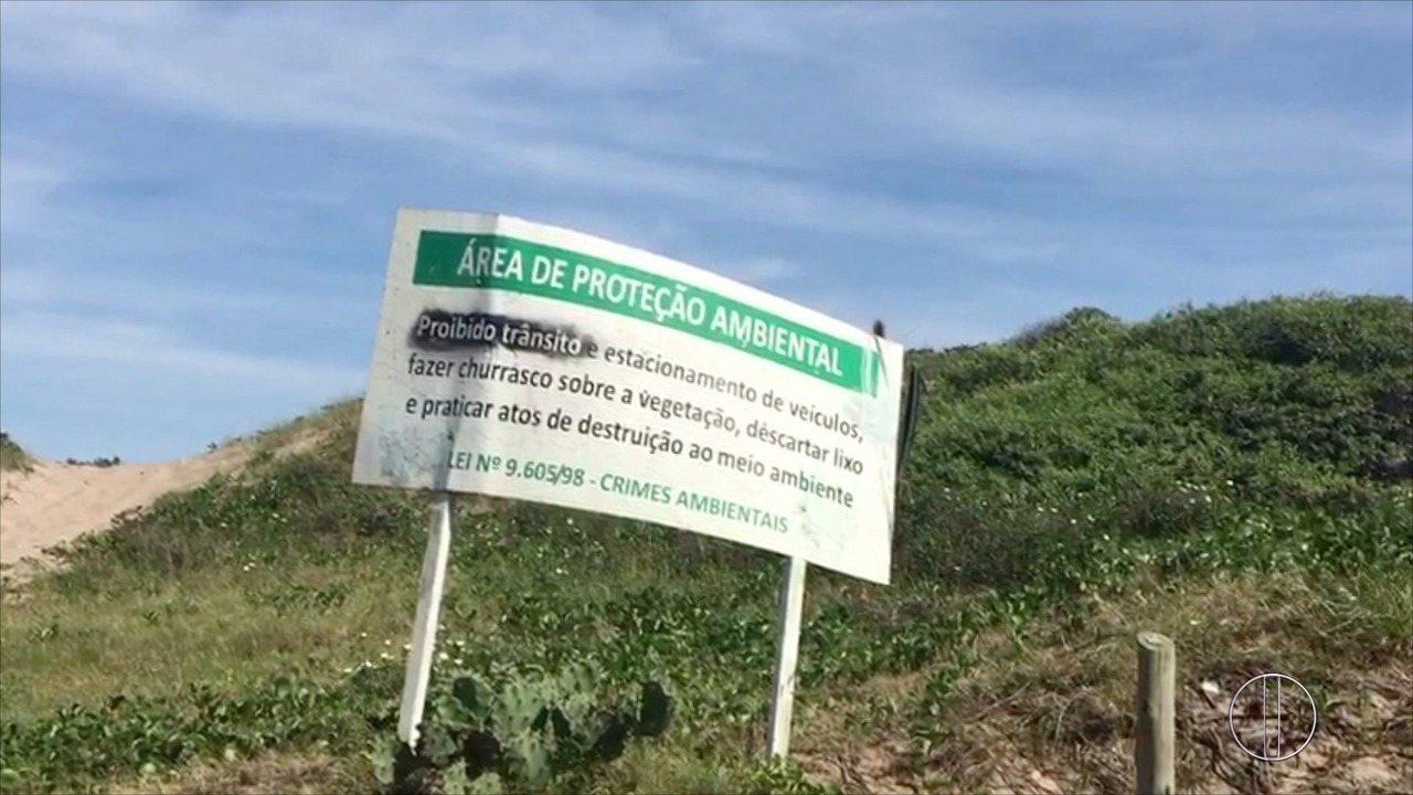 Estacionamento em área ambiental em Arraial do Cabo, RJ, é liberado pela prefeitura