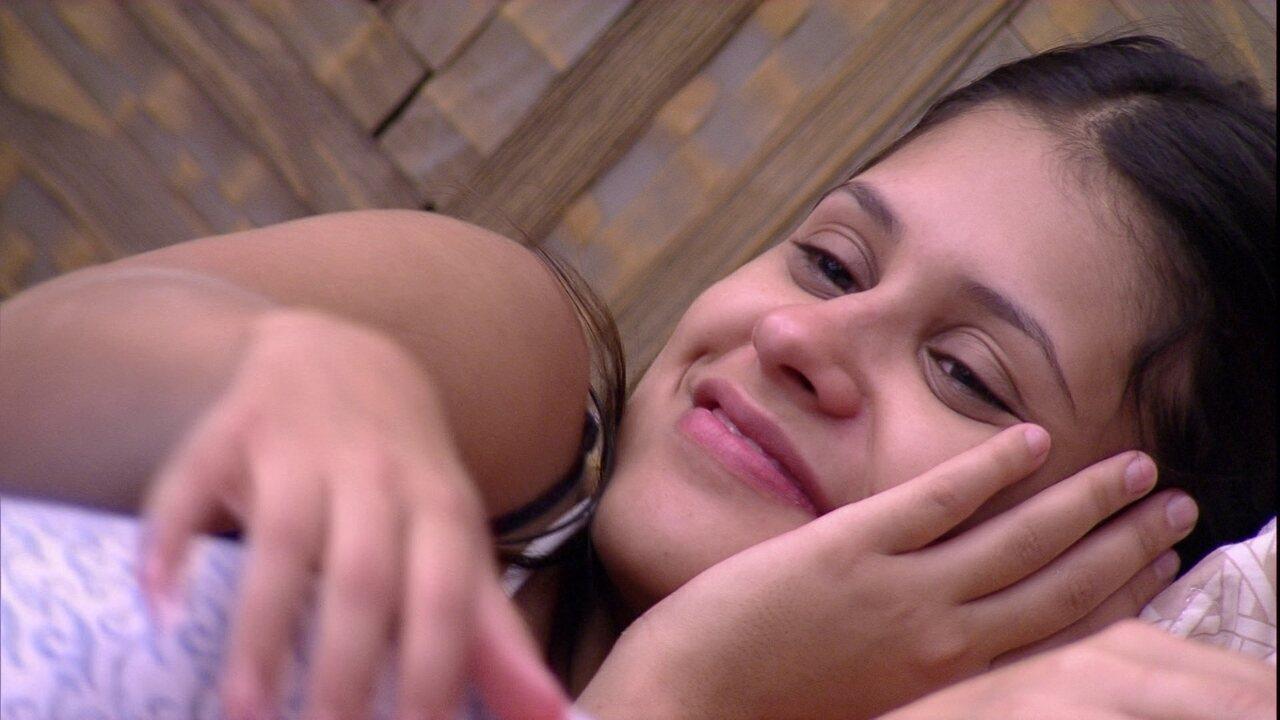 Ana Paula fala sobre confinados dançando: 'Vergonha alheia'