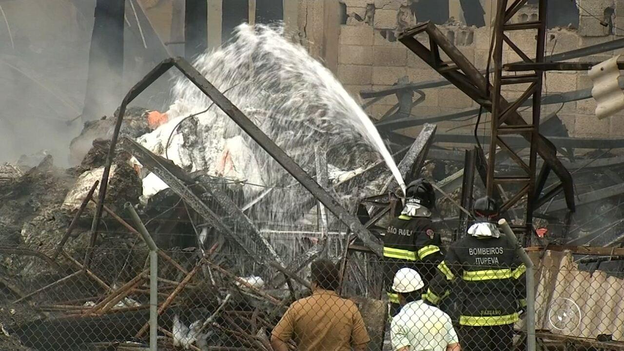 Incêndio atinge fábrica de fertilizantes em Campo Limpo Paulista