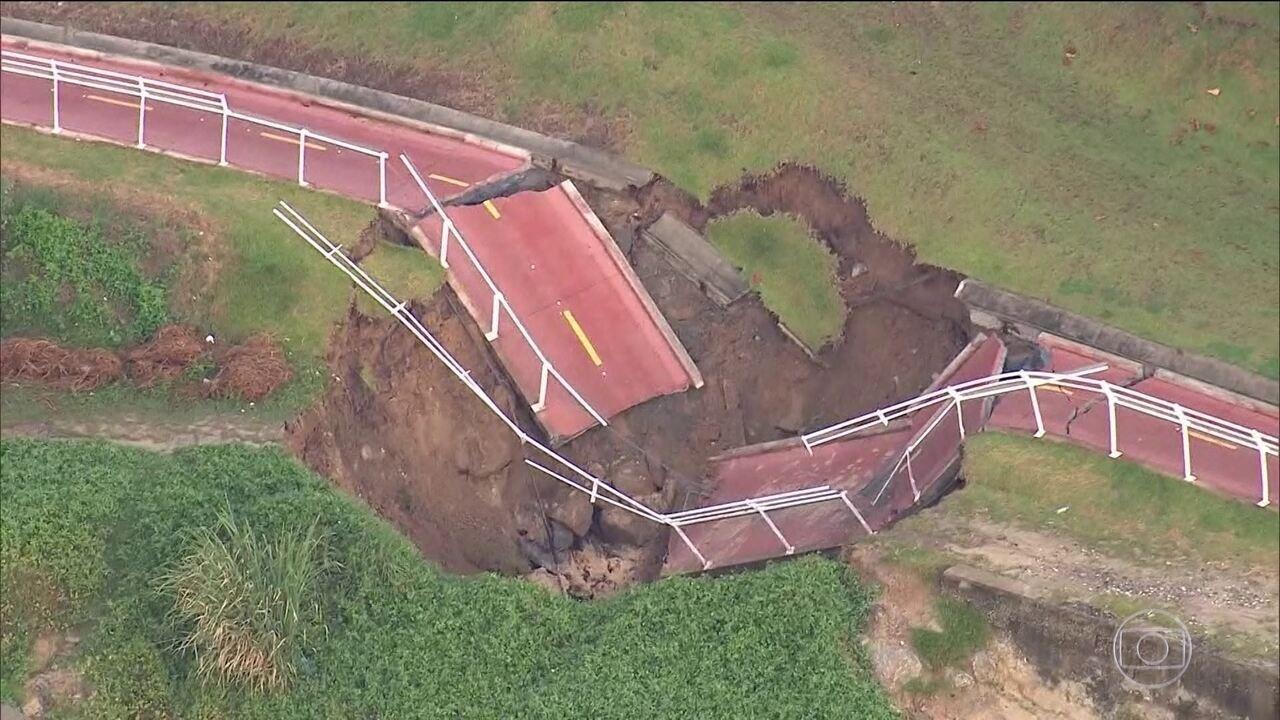 Trecho da Ciclovia Tim Maia desaba na Zona Sul do Rio