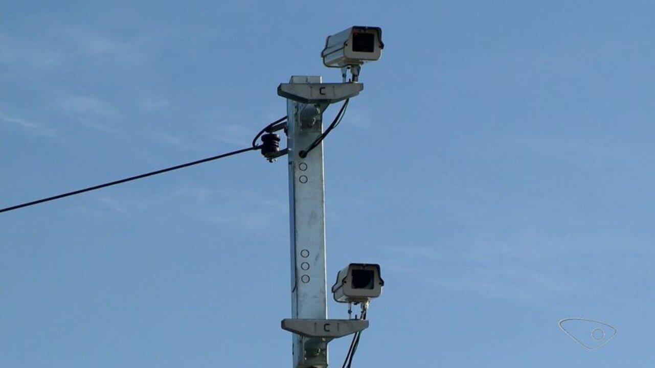 Depois de meses sem fiscalização, radares estão de volta à BR-101