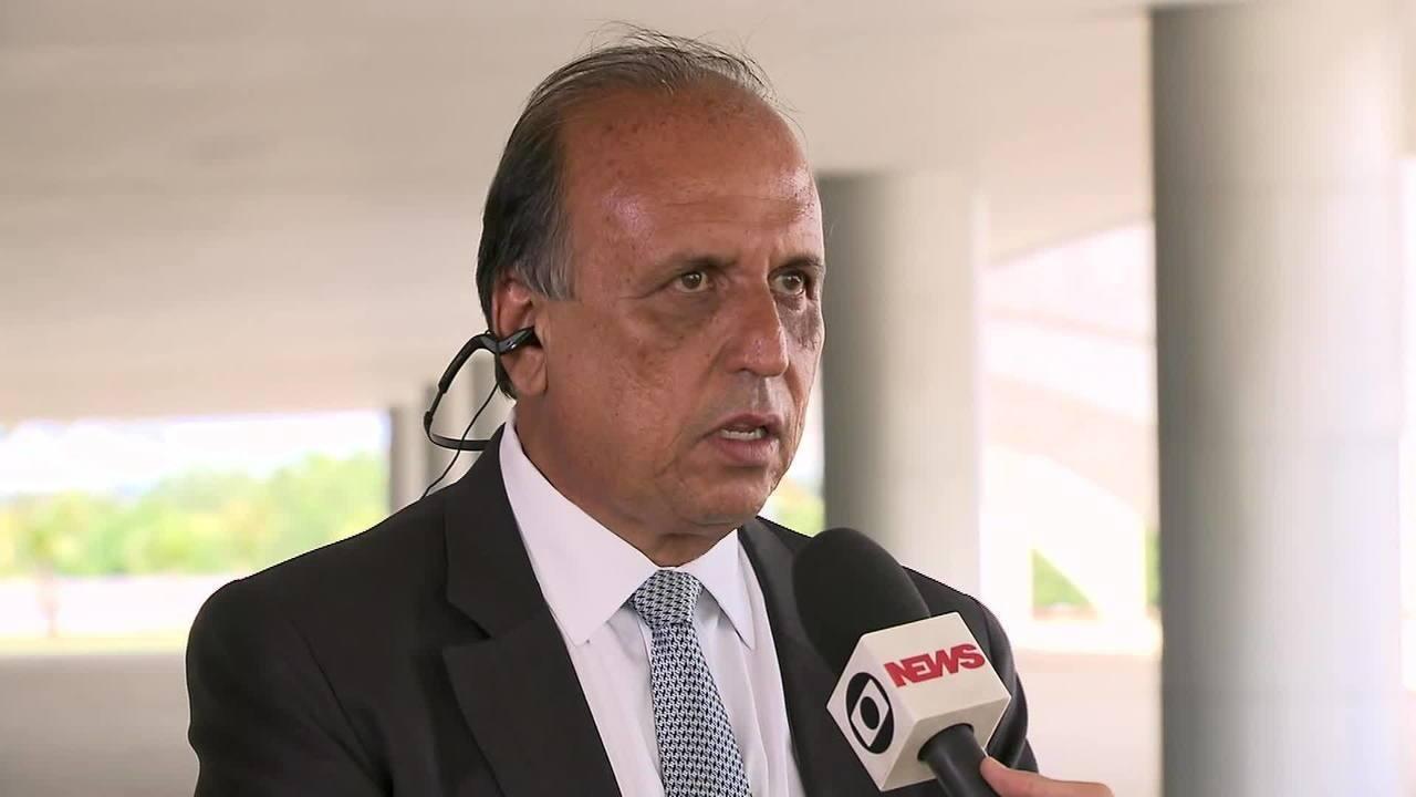 'Eu que vim pedir auxílio', diz Pezão sobre intervenção na segurança do Rio de Janeiro