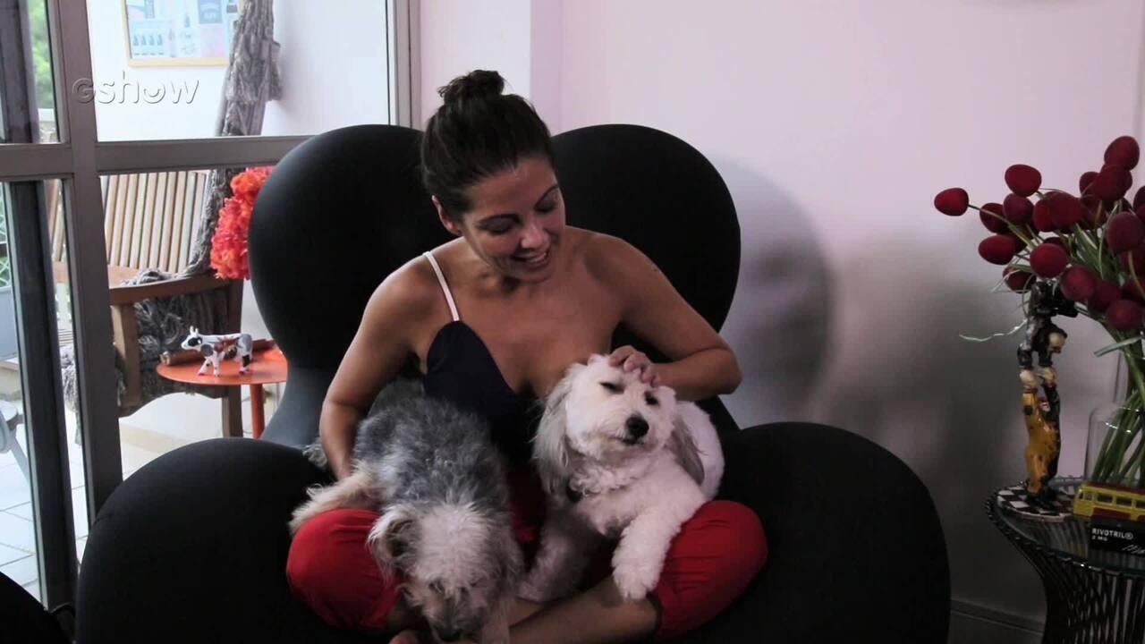 Thalita Rebouças apresenta seus cachorrinhos de estimação, Babete e Lindão