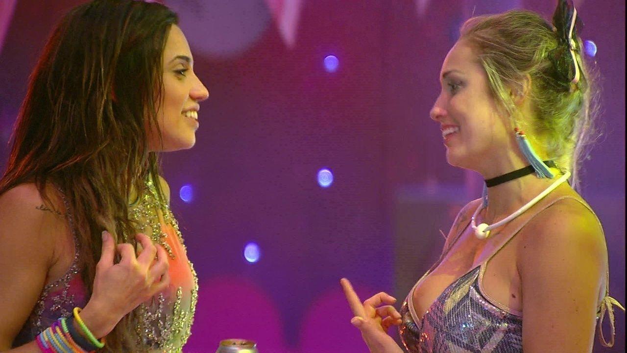 Jéssica afirma para Paula: 'Eu quero, mas se eu pudesse e ele pudesse...'