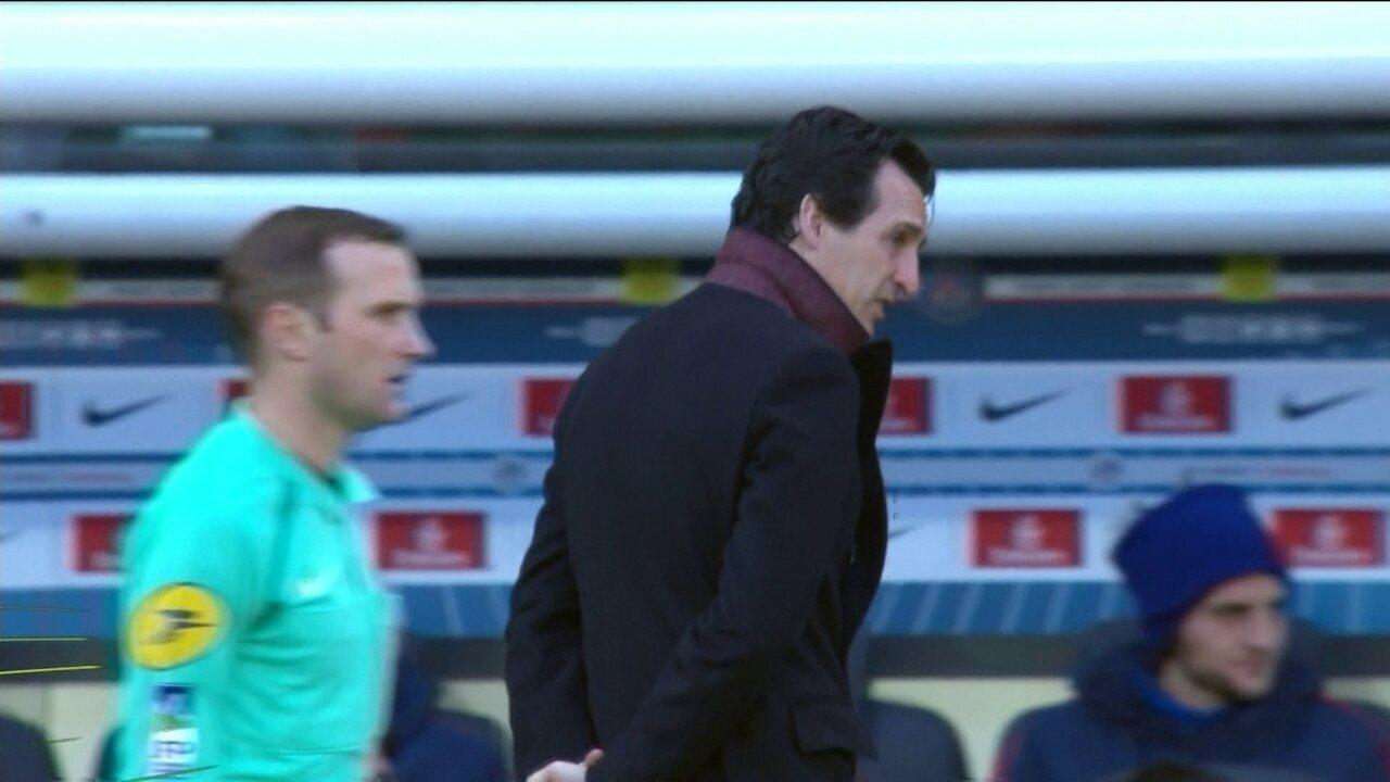 PSG goleia no Campeonato Francês, mas treinador não escapa das críticas