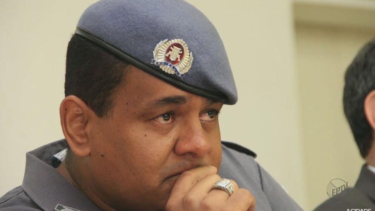 Corpo de sargento da PM assassinado em casa de padre é enterrado em Araraquara, SP