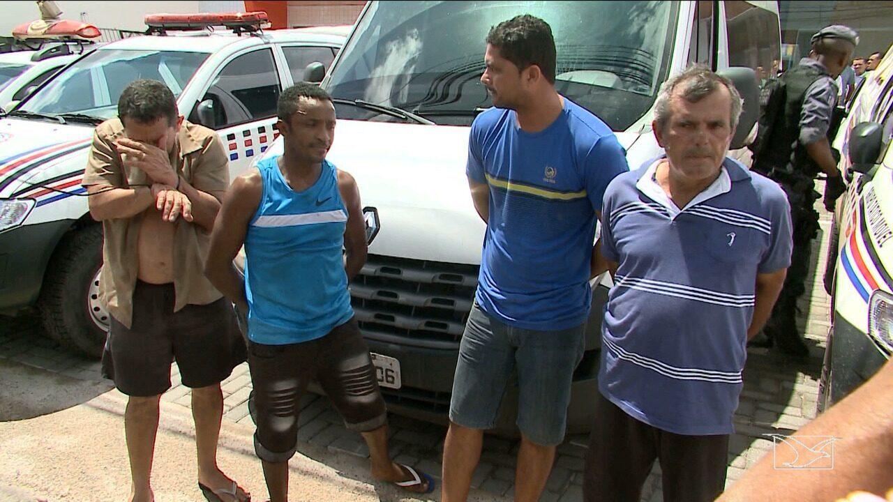 Quatro policiais militares são presos por suspeita de integrar milícia em São Luís