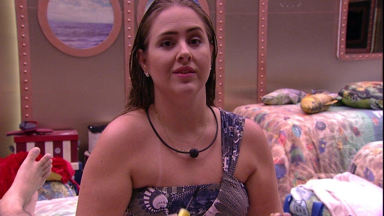 Patrícia reclama de Viegas: 'Não consigo tripudiar na derrota dos outros'