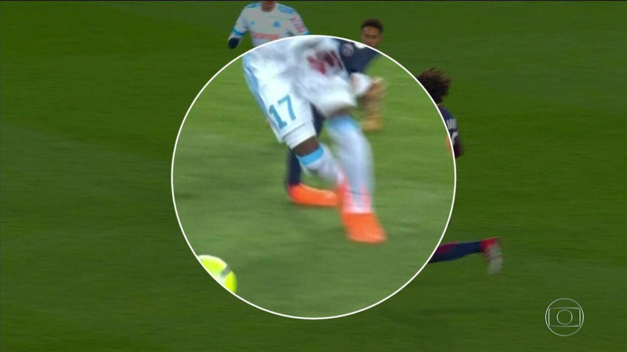 Cirurgia no tornozelo do Neymar vai ser no Brasil, anuncia Paris Saint-Germain