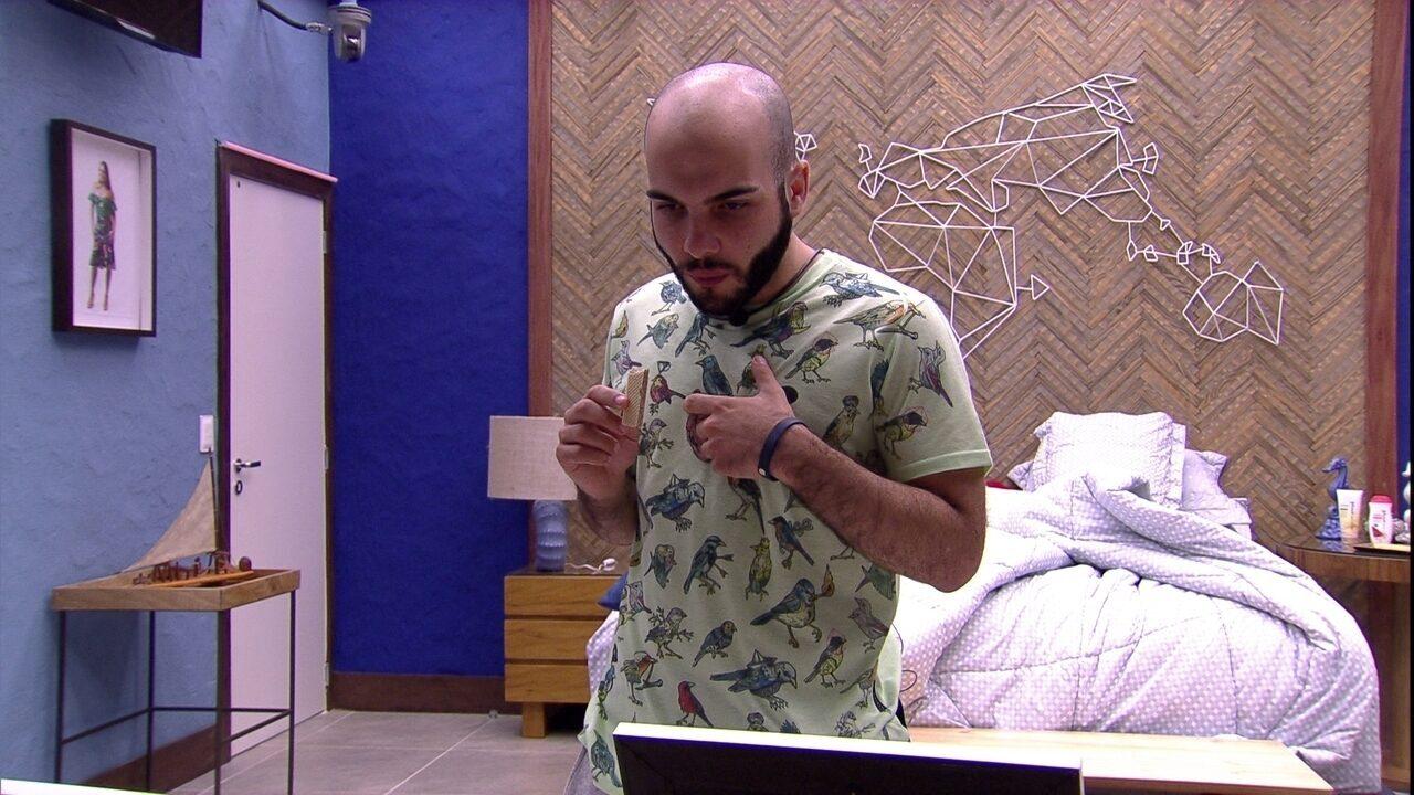 Mahmoud fala sobre filho de Patrícia: 'Parece muito com você´