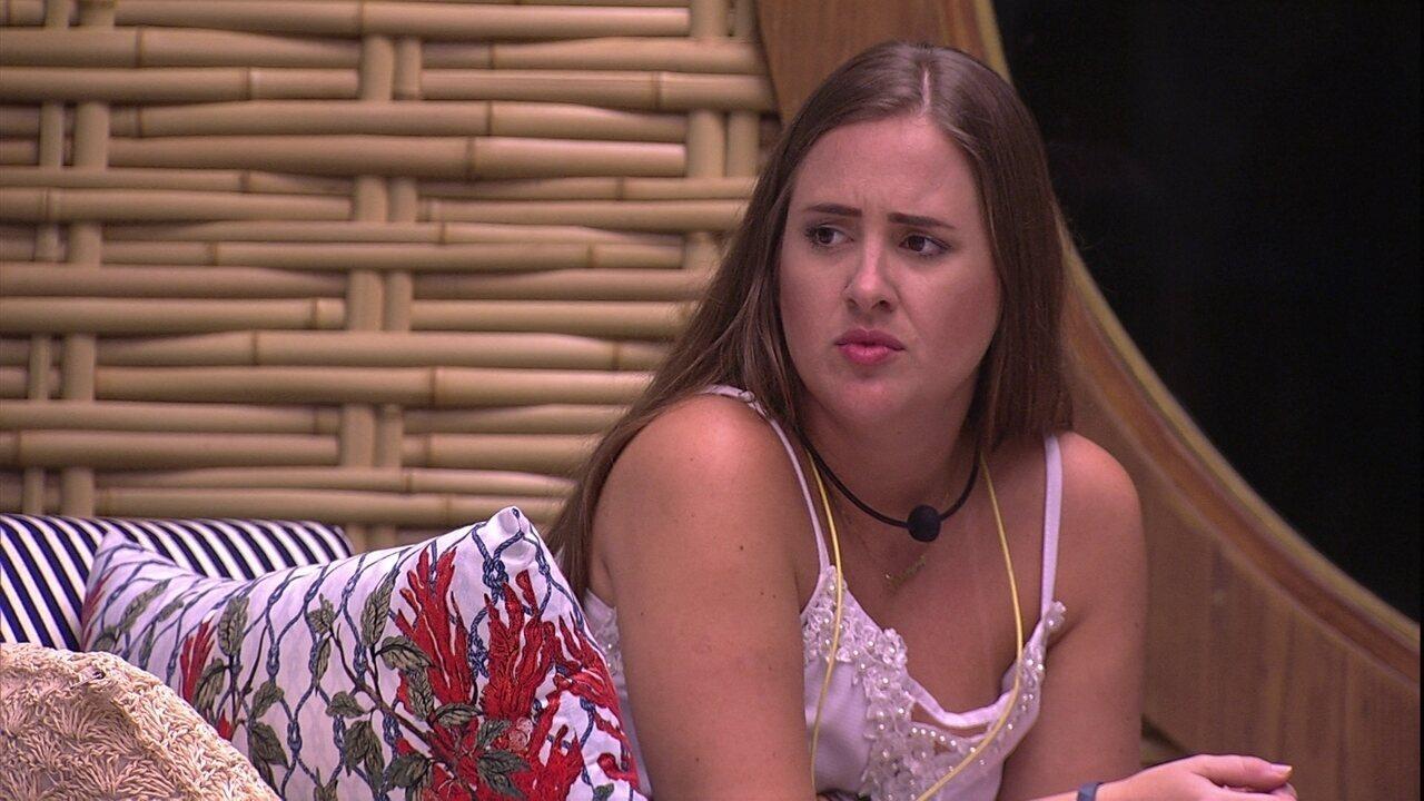 Patrícia sugere que Caruso vote na família Lima e brother responde: 'Não dá'