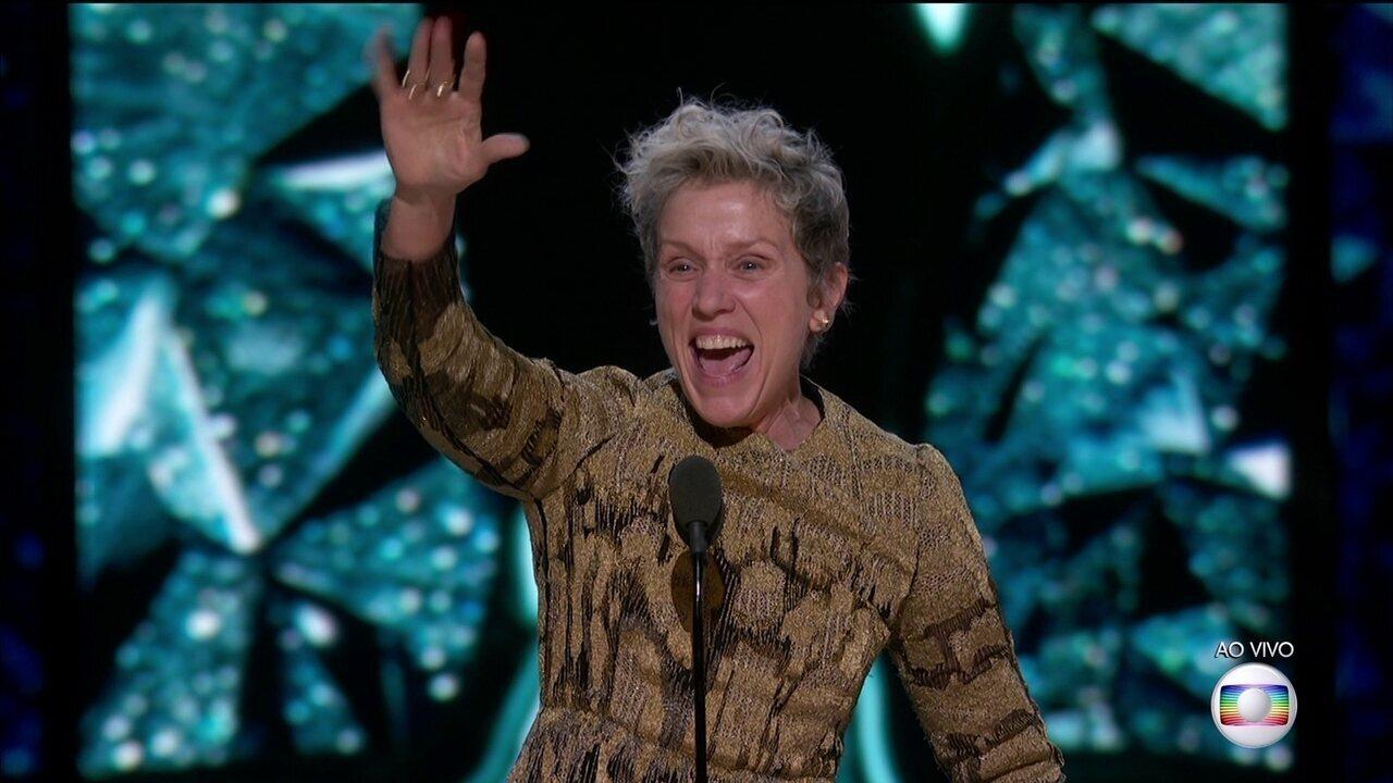 Frances McDormand ganha o Oscar de Melhor Atriz e chama outras indicadas para ficarem de pé