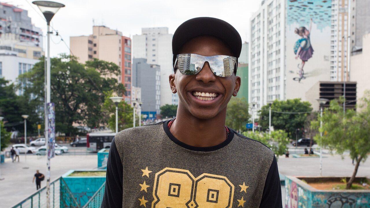 Do movimento de ocupação à temporada em Malhação: conheça Lucas Penteado