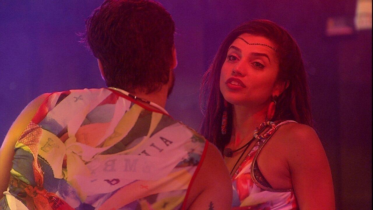 Paula fala com Breno sobre situação de Caruso e Ana Clara: 'Ela não aguenta nem olhar'