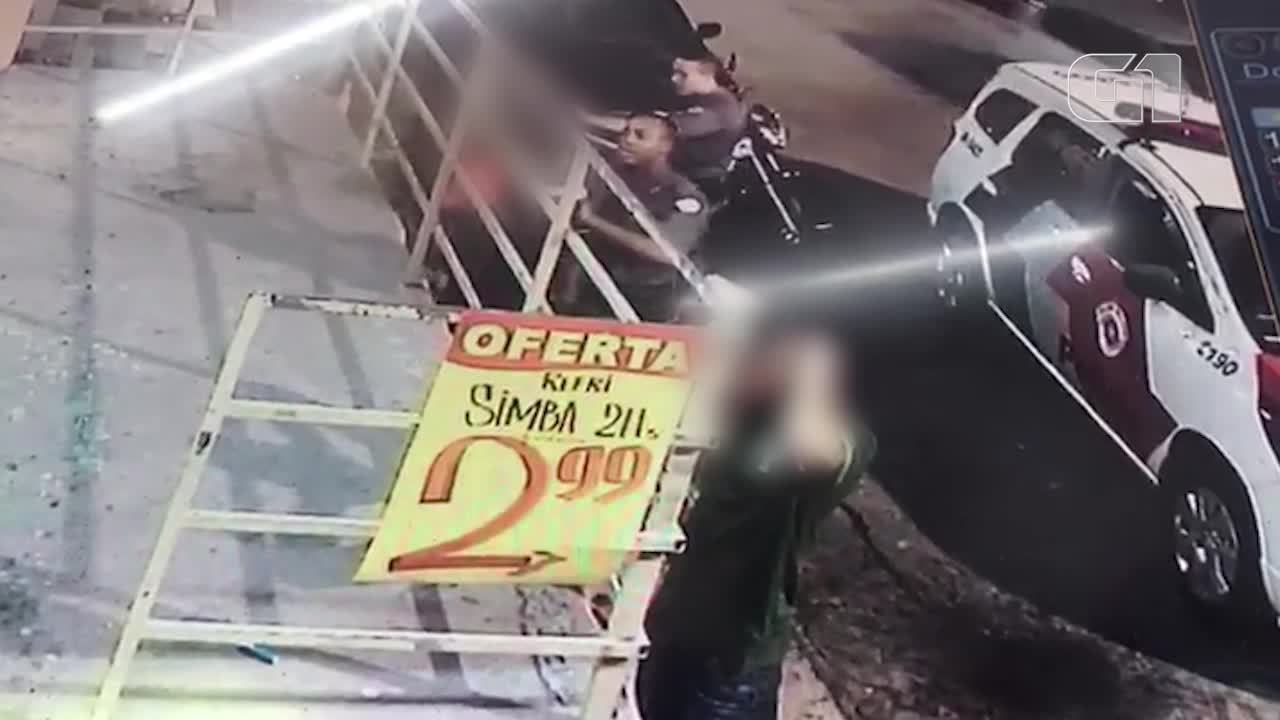 Jovem é agredido por PM durante abordagem em SP