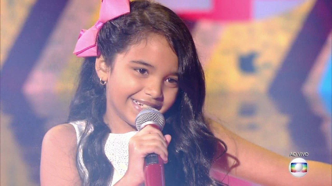 Mariah Yohana, cantou 'Uni Duni Tê', no show ao vivo do The Voice kids