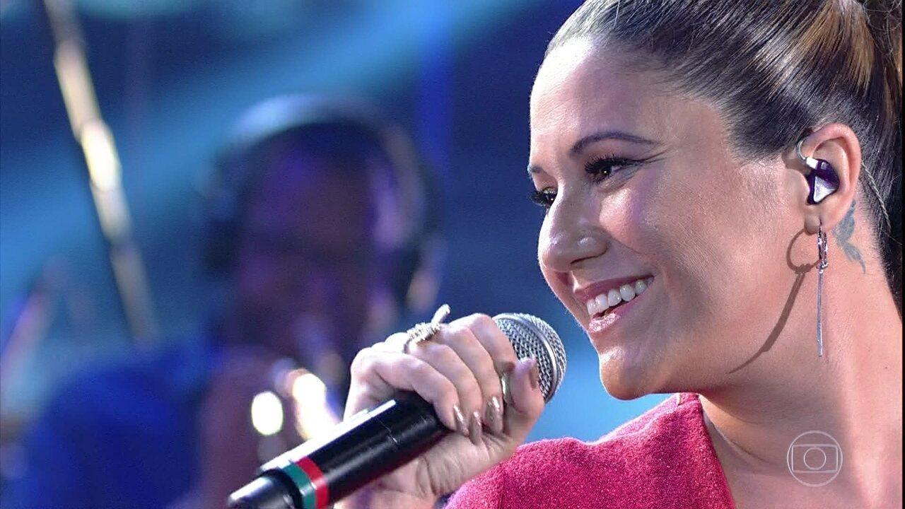 Maria Rita canta 'Reza Pra Agradecer'