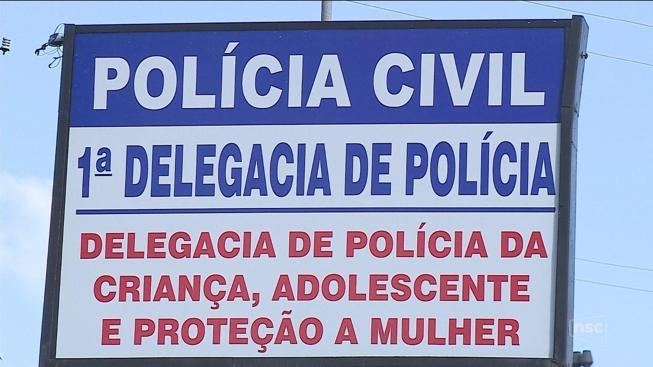 Suspeito de atrair mulheres com anúncios falsos e estuprar vítimas é preso em Lages