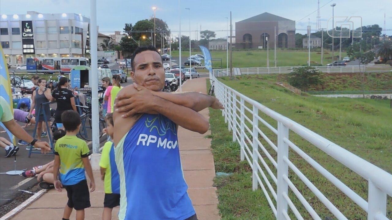 Ex-dependente químico supera 20 anos de vício em crack através do atletismo