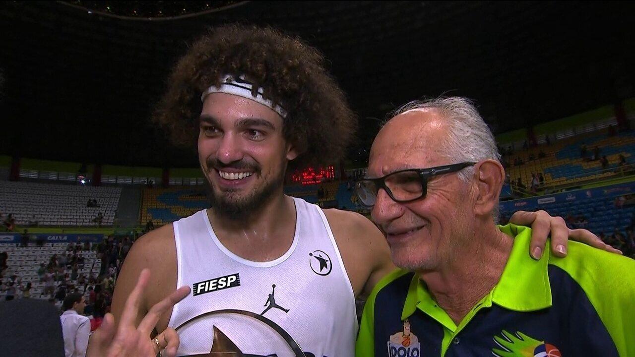 MVP do Jogo das Estrelas, Varejão fala porque voltou a jogar no Brasil