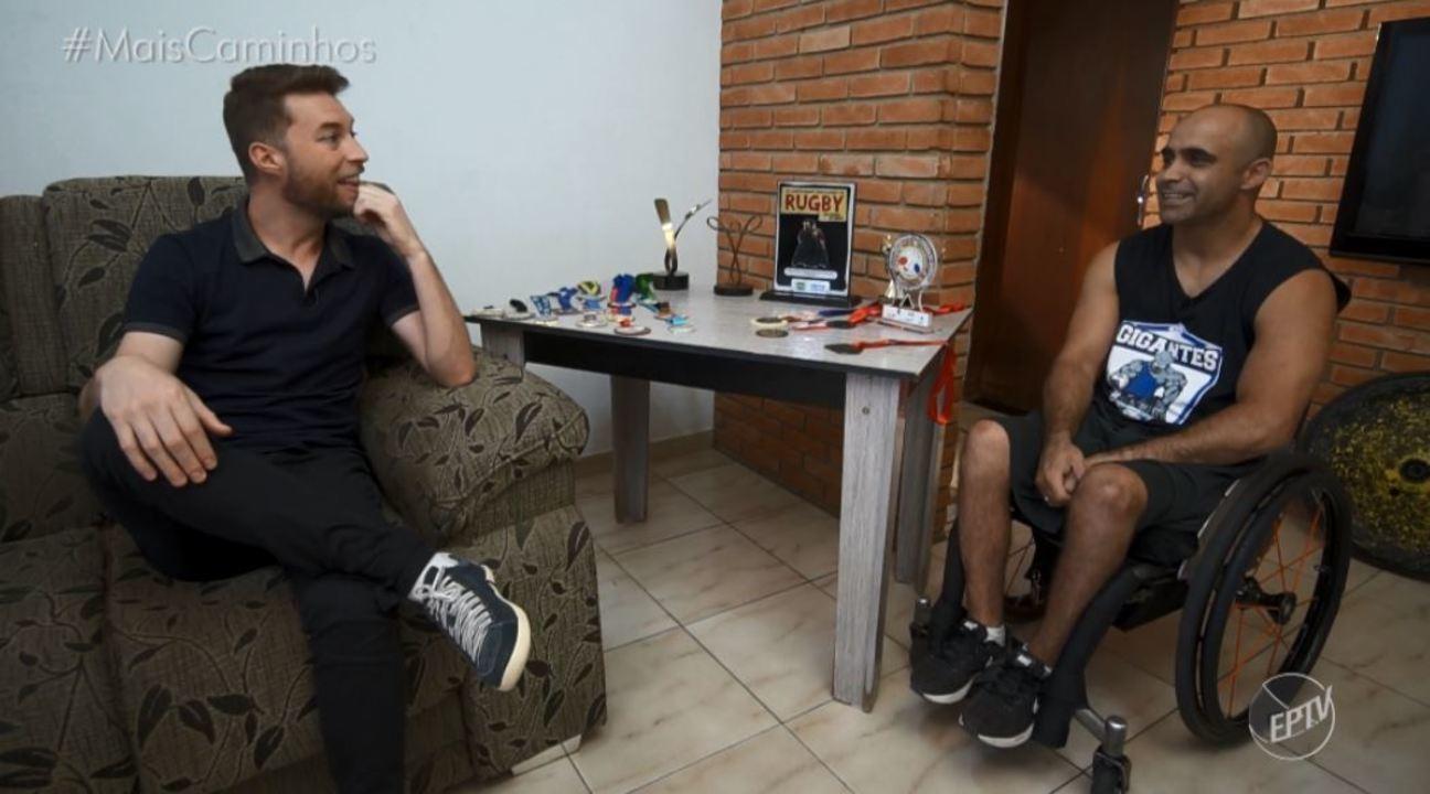 Rafael Ristow conhece o atleta campineiro Alexandre Giuriato
