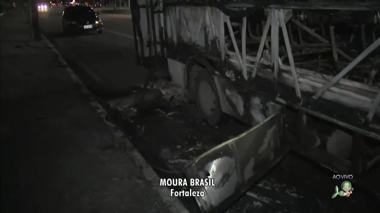 Sobe para quatro número de 6onibus atacados em Fortaleza