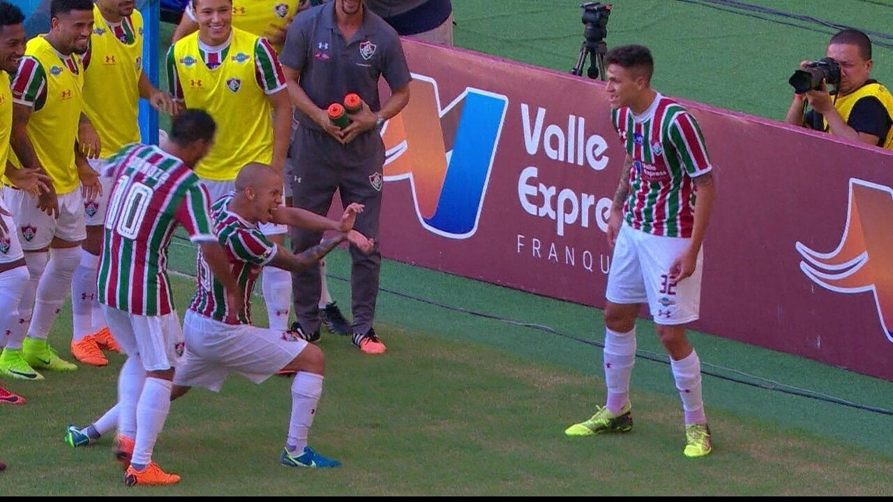 Gol do Fluminense! Pedro dá passe de peito e Marcos Junior amplia 045c7cea5d174