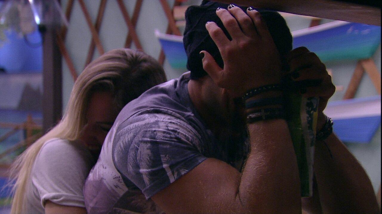 Kaysar chora após Eliminação de Caruso