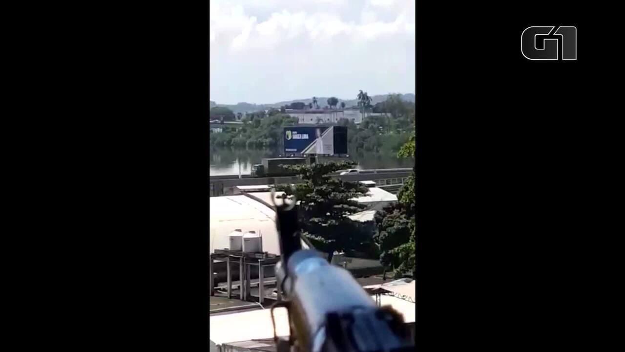 Traficante monitora comboio do Exército no Rio