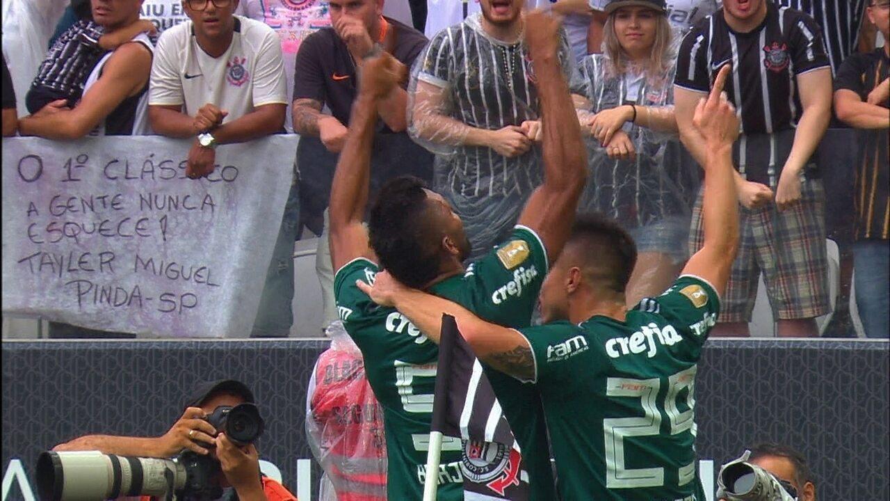 Gol do Palmeiras! Dudu cruza, bate na trave e Borja recebe para marcar aos 7' do 1º