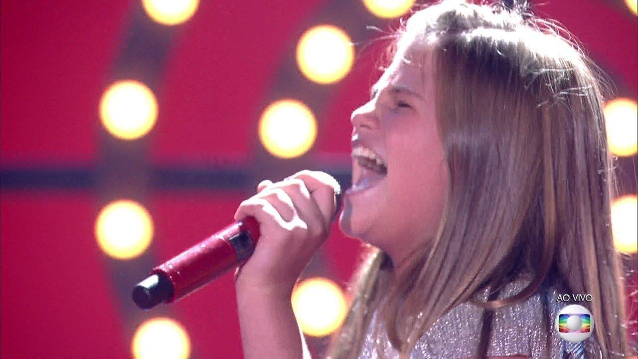 Fabiana Moneró canta 'Wrecking Ball' na semifinal do 'The Voice Kids'